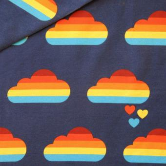 Regenbogen Wolken blau