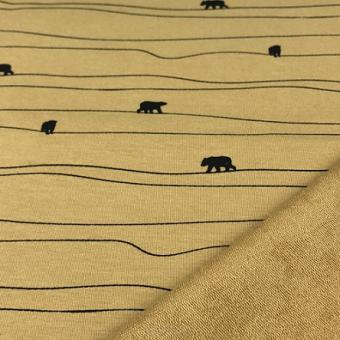 Sweat Bear on horizont ochre
